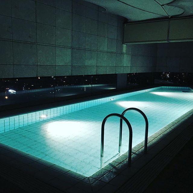グランドハイアット東京 室内温水プール