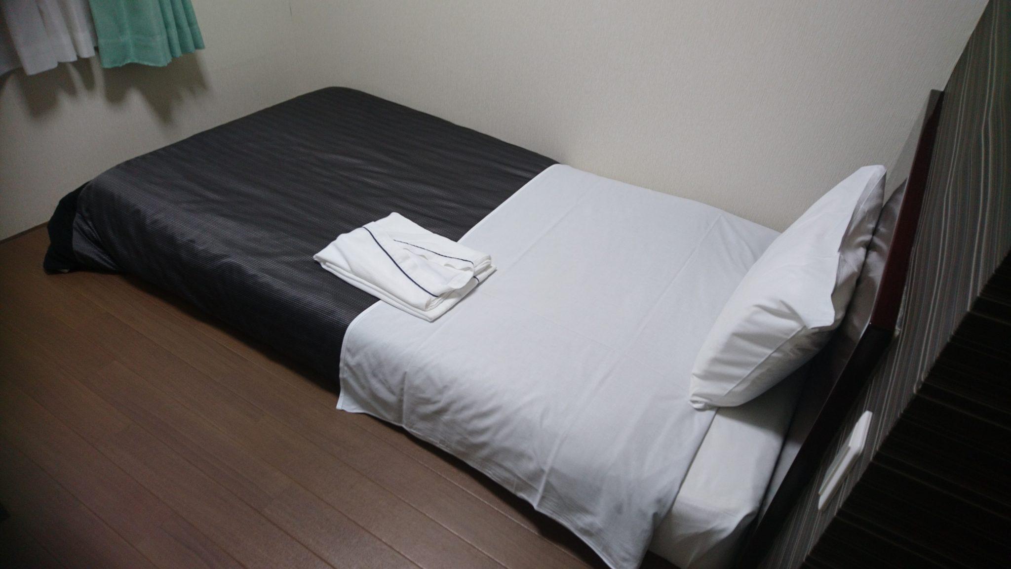 ホテル4条ベッド